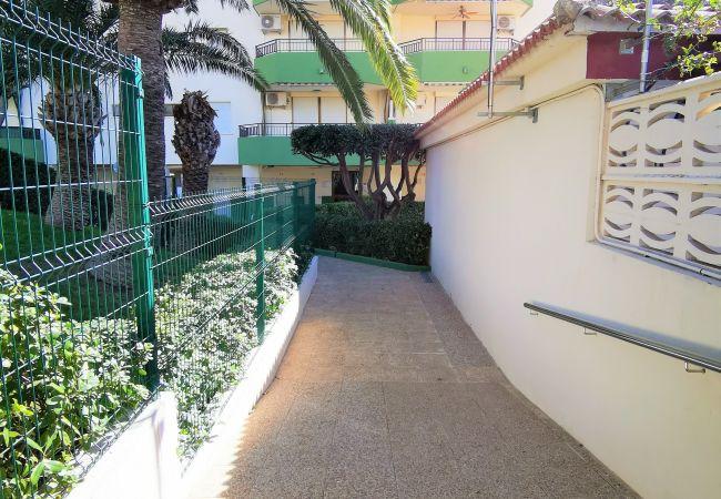 Apartamento en Grao de Gandia - GARDENIAS III - 6º - A (ALQUILER SOLO A FAMILIAS)