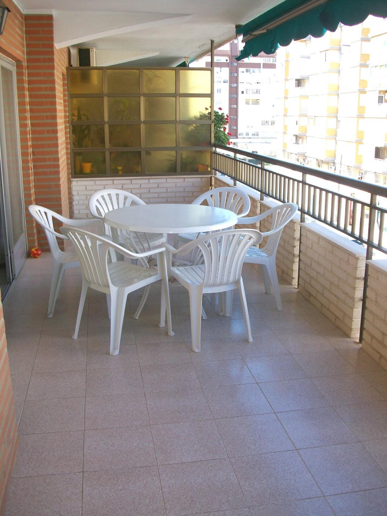 Apartamentos en grao de gandia delfin 3 1 playa de gandia - Apartamentos en gandia playa ...