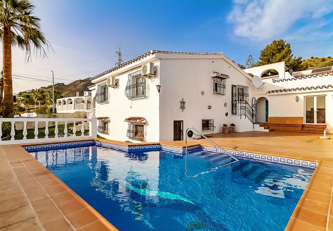 Villa en Nerja - Villa Isabel Private Pool Casasol