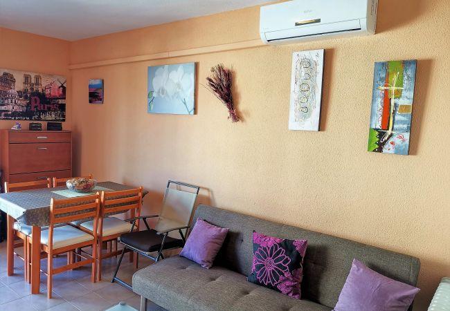 Apartamento en Grao de Gandia - LOS IRIS BLQ.1 - 5º - 135ª (ALQUILER SOLO A FAMILI