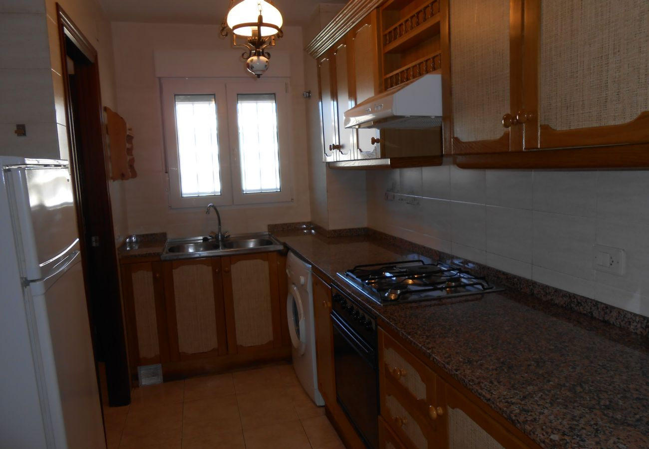 Equipped kitchen, comfortable, affordable apartment, ideal for families